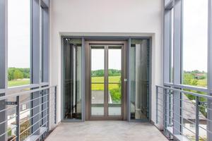 Licht, Transparenz und der Blick ins Grüne für ein attraktives Wohnumfeld