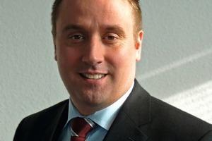 Gesprächspartner Till Reine, Leiter des Produktmarketings Solar und Elektro der Velux Deutschland GmbH<br />