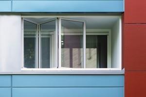 Die Glas-Faltwand mit Isolierverglasung bietet eine Minderung des Energieverbrauchs und eine Verbesserung des Schallschutzes um 33 dB<br />