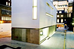 "Ein Preisträger des ECOLA-Award: ""White Cube"", Mason's Yard in London, Architekten: MRJ Rundell & Associates, London, GB (Kategorie: Neubauten, 1. Preis)"