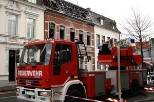 Wer keine Rauchwarnmelder installiert hat, kann nur hoffen, dass die Feuerwehr im Notfall schnell zur Brandbekämpfung an Ort und Stelle ist