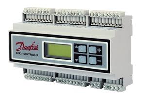 Der elektronische Regler CCR3 erfasst neben der witterungsgeführten Vorlauftemperatur der Anlage über die aktuellen Rücklauftemperaturen die Wärmeabnahme oder Auslastung der einzelnen Einrohrkreise. Somit wird die jeweils passende Rücklauftemperatur ermittelt und der Strangvolumenstrom mithilfe eines Stellantriebes reduziert<br />
