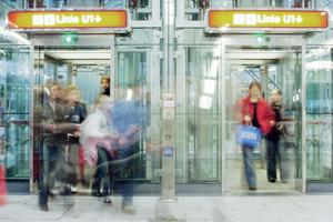 Jeder Aufzug muss bis spätestens 2020 mit einem Notrufsystem ausgestattet sein