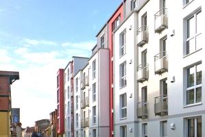 Der Einsatz dezentraler Lüftungssysteme im Geschosswohnungsbau bietet erhebliche Kostenvorteile und gewährleistet ein angenehmes Raumklima, hier das Objekt an der Friedrich-Loeffler-Straße in Greifswald