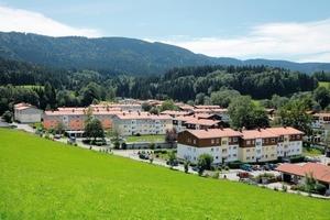 Idylle am Alpenrand: 17 oberste Geschossdecken wurden passiv-haustauglich saniert<br />