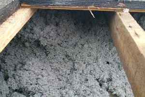 Durch die hohe Einblasdichte und den fugenfreien Einbau wurde eine setzungssichere Dämmschicht mit hoher Dämmwirkung erreicht